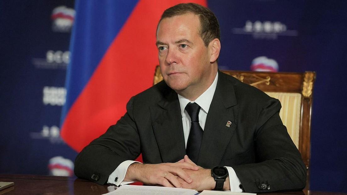 Russischer Ex-Präsident Medwedew: Prag ist Geisel der US-Politik gegenüber Russland