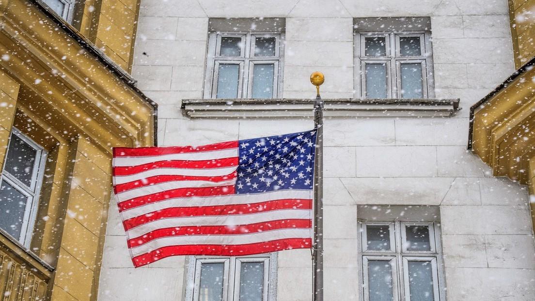 Keine Visa für einfache Reisen: US-Botschaft in Moskau schränkt konsularische Tätigkeit ein