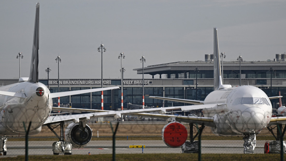Flughafen BER: Milliardenverlust im ersten Corona-Jahr