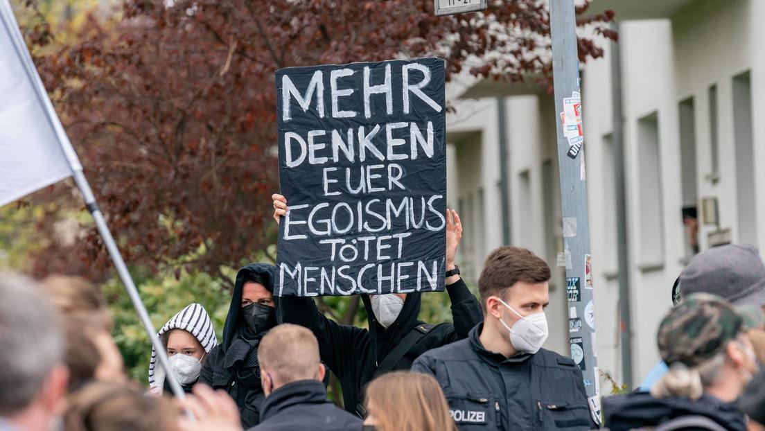 """""""Querdenker""""-Demos: Chef der Polizeigewerkschaft fordert Verbot"""