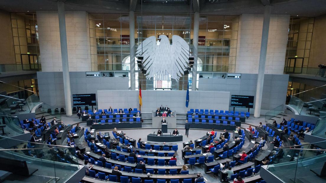 Das Parteienkarussell gerät in Schwung: Alles offen bei der Bundestagswahl?
