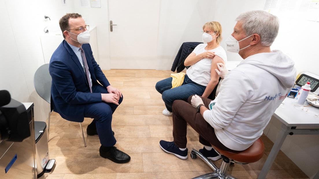 """""""Schritt zur Normalität"""": Kabinett beschließt Lockerungen für Geimpfte"""