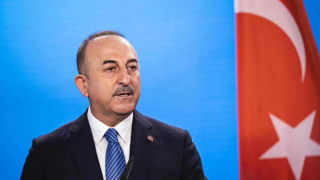 Sofagate: Türkischer Außenminister weist von der Leyens Vorwürfe zurück – EU ist selbst schuld