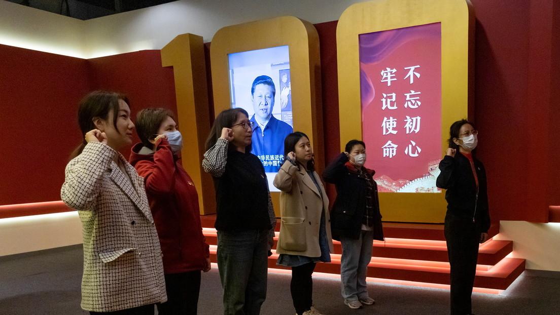 """Xi Jinping: Trotz """"beispielloser Veränderungen"""" auf der Welt sei China """"unbesiegbar"""""""