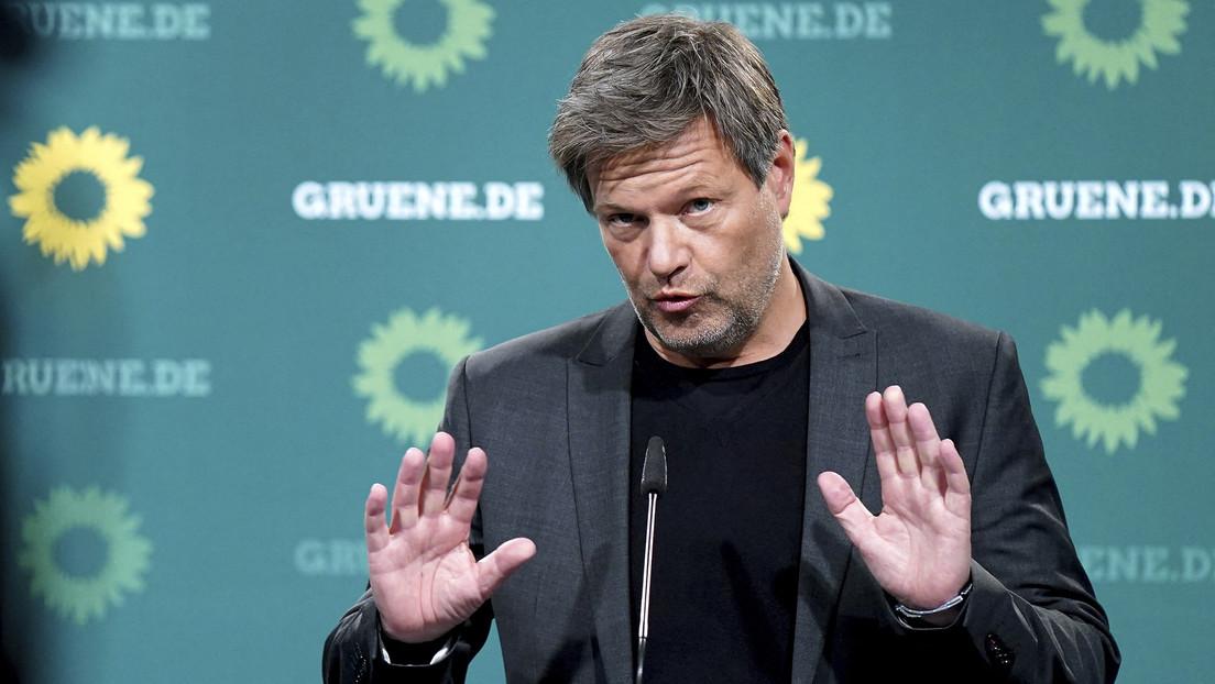 Grünen-Chef Habeck: Die Linke muss sich für Koalition mit uns zur NATO bekennen