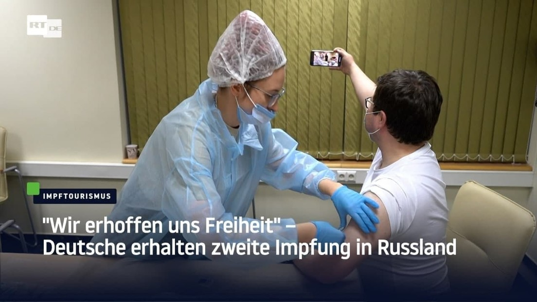 """""""Wir erhoffen uns Freiheit"""" – Deutsche erhalten zweite Impfung in Russland"""