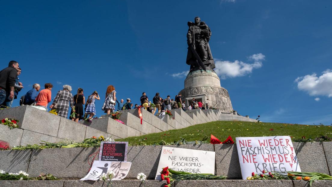 LIVE: Feierlichkeiten zum 76. Jahrestag des Sieges im Vaterländischen Krieg im Treptower Park