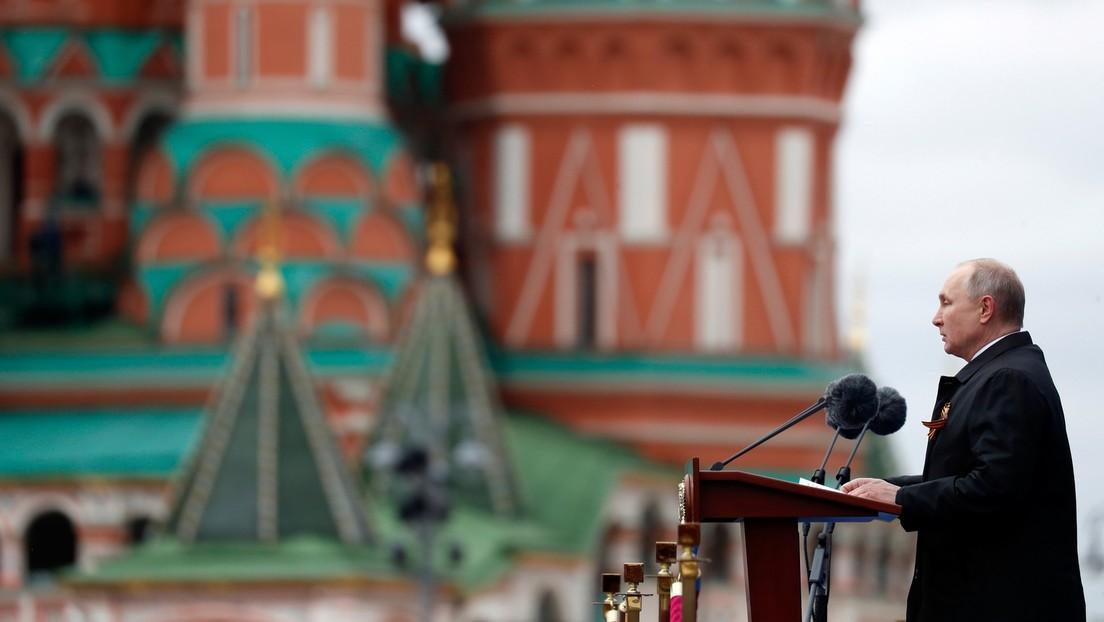 """Wladimir Putin bei Siegesparade in Moskau: """"Russland verteidigt konsequent das Völkerrecht"""""""