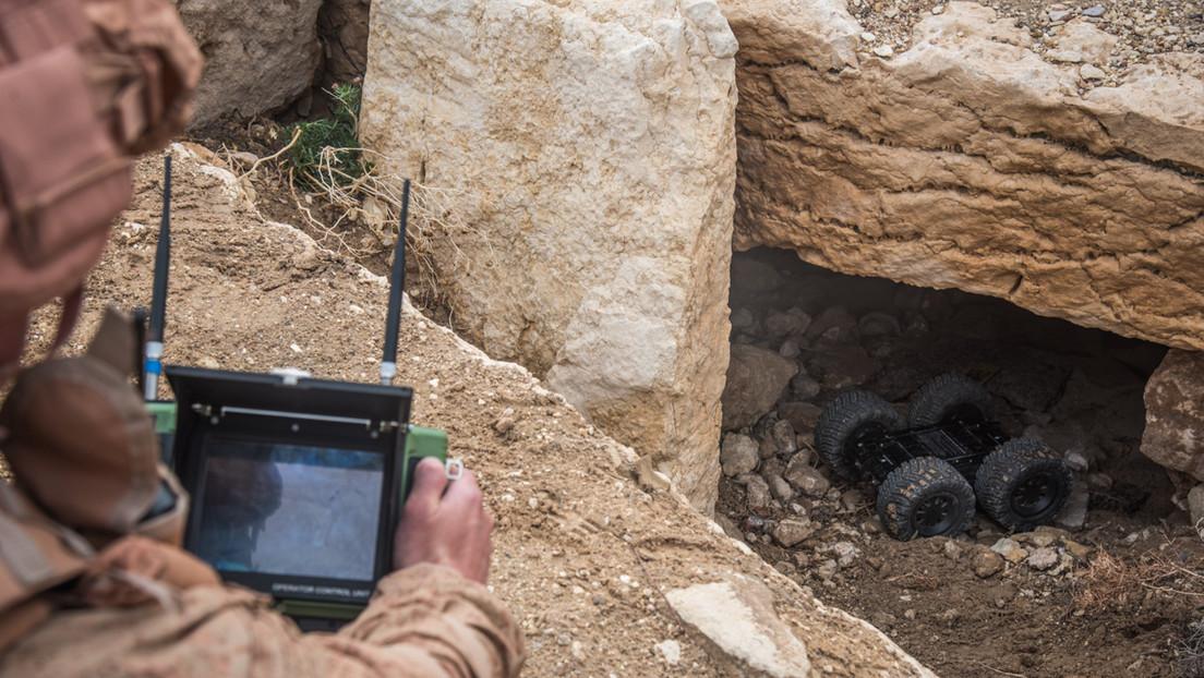 Russische Militärs zerstören verlassene IS-Höhle in Syrien mit 2,5 Tonnen TNT