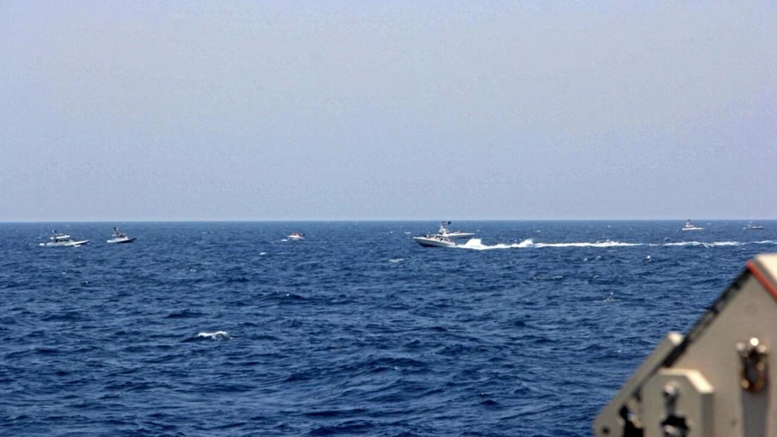 Straße von Hormus: US-Marine feuert 30 Warnschüsse auf iranische Schnellboote ab