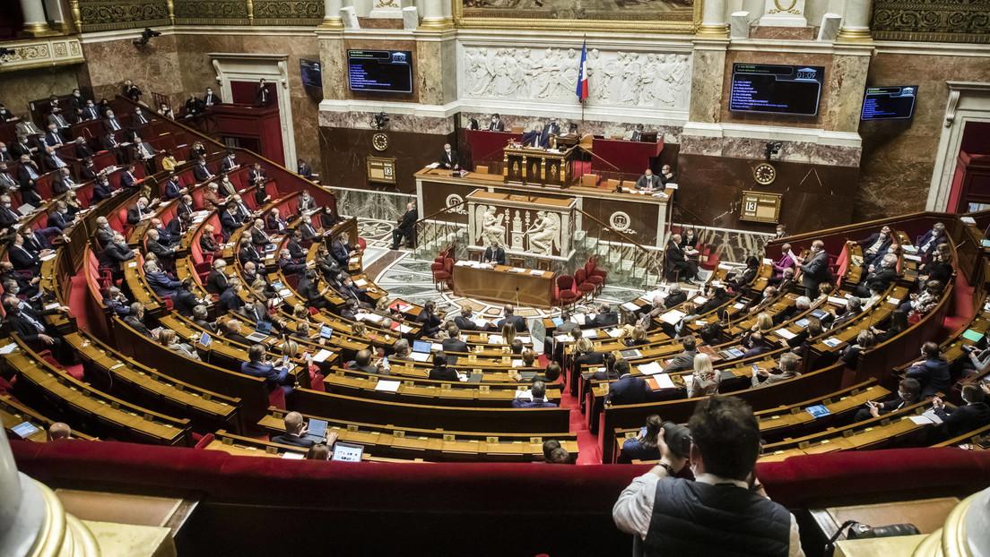 """Frankreichs Nationalversammlung lehnt """"Corona-Gesundheitspass"""" ab"""