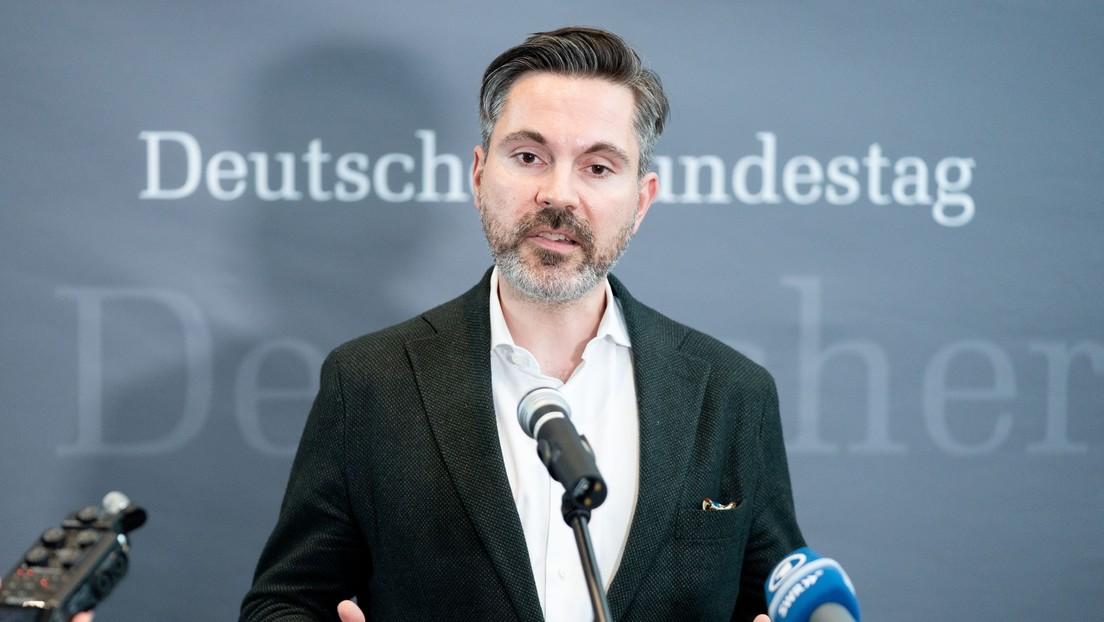 """""""Werde sein persönlicher Albtraum sein"""" – Linken-Abgeordneter kündigt Showdown gegen Spahn an"""