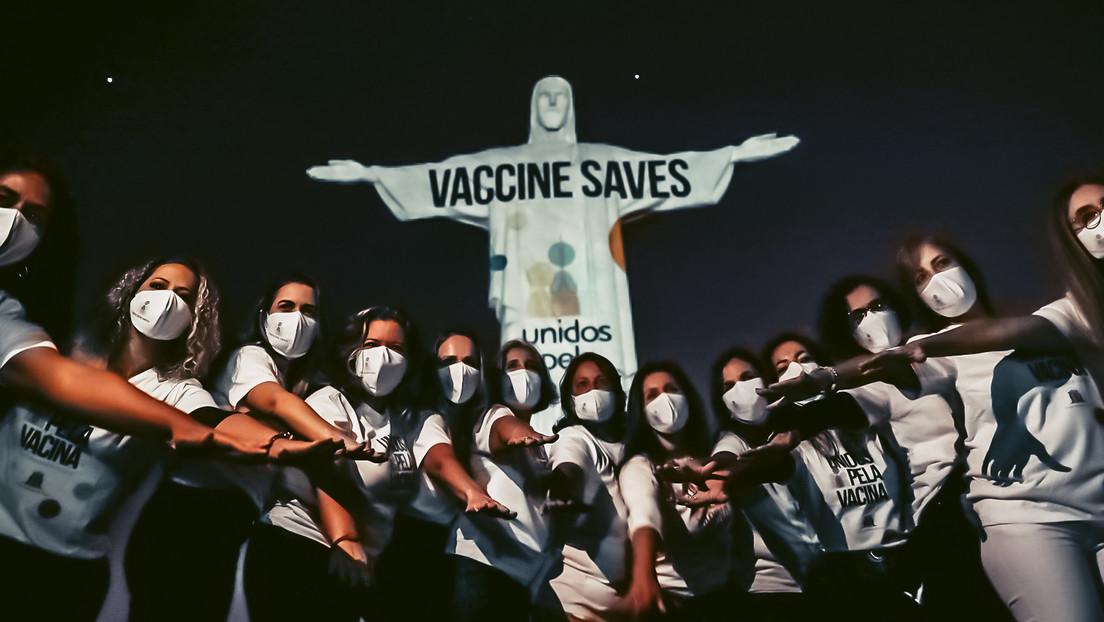 """""""Vakzin rettet"""": Christusstatue in Rio de Janeiro wirbt für Corona-Impfungen"""