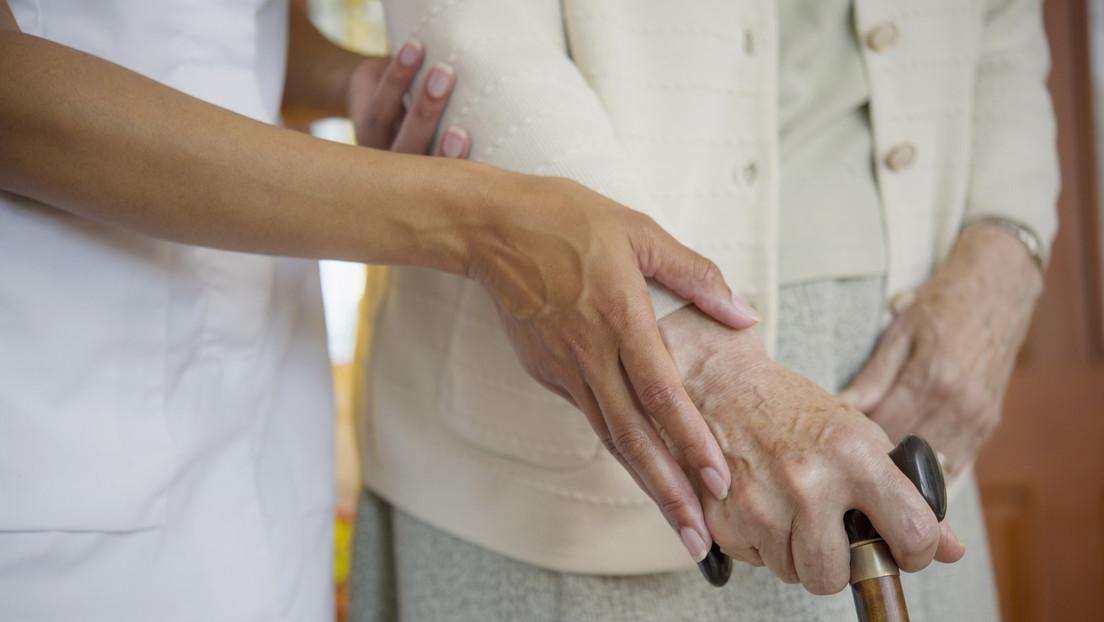 Hausgemachte Probleme: Bundesregierung warnt vor hoher Abbrecherquote in der Pflegeausbildung