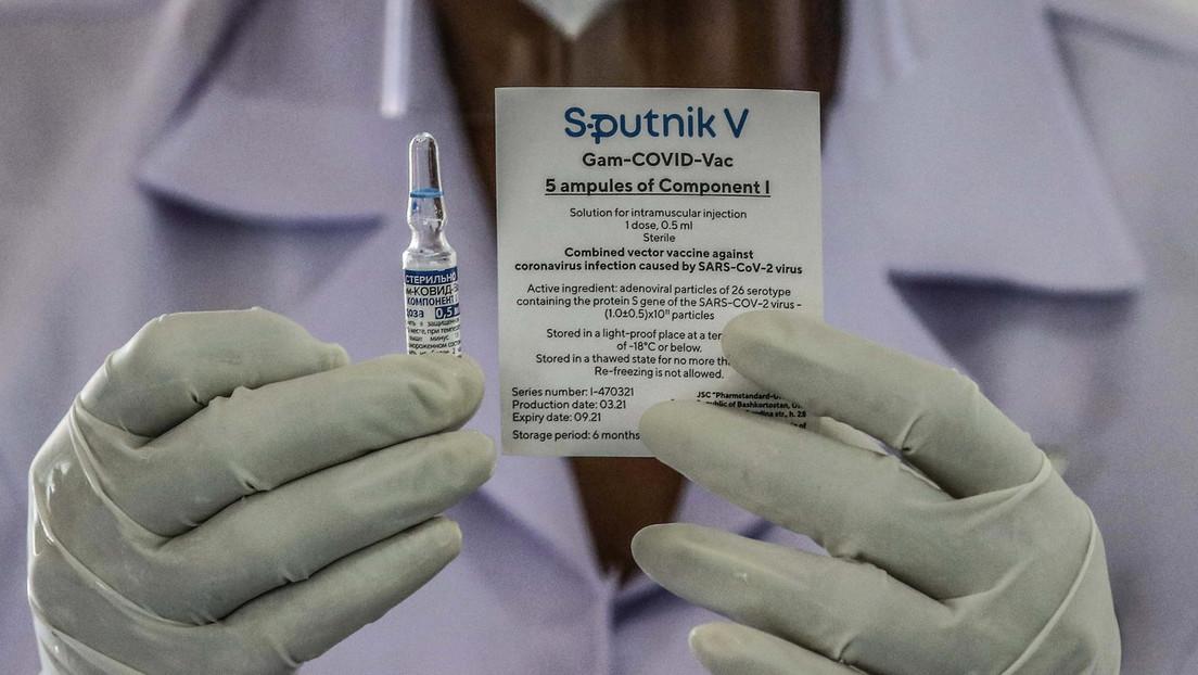 """Bundesregierung: Keine """"Privilegien"""" für mit Sputnik V oder chinesischem Vakzin geimpfte Bürger"""