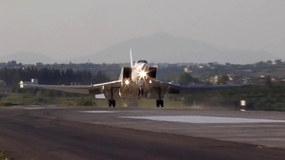 Russische Tu-22M3-Langstreckenbomber zu Übungen in Syrien angekommen