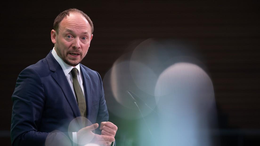 """AfD in Sachsen und Sachsen-Anhalt im Umfragehoch – Wanderwitz: """"Nicht in der Demokratie angekommen"""""""