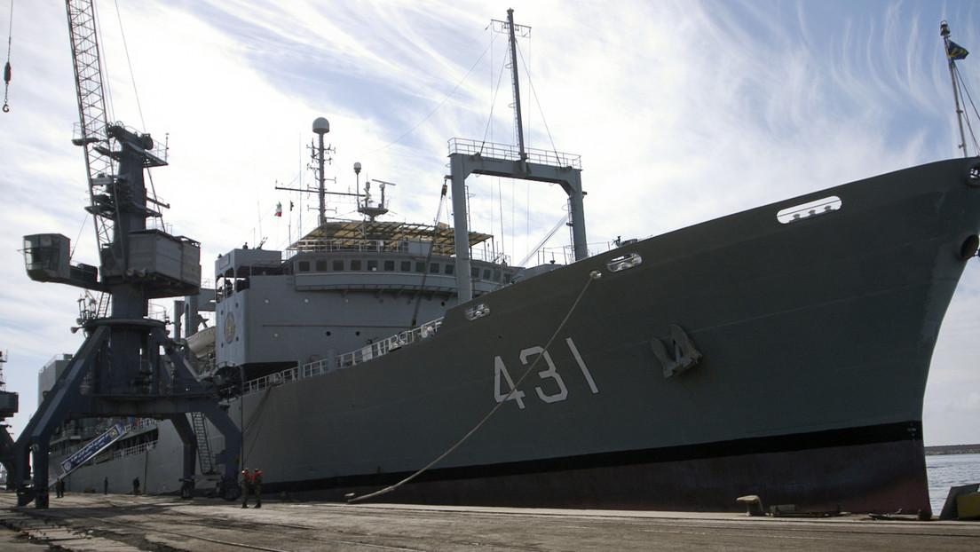 AP-Bericht: Irans größtes Marineschiff fängt Feuer und sinkt im Golf von Oman