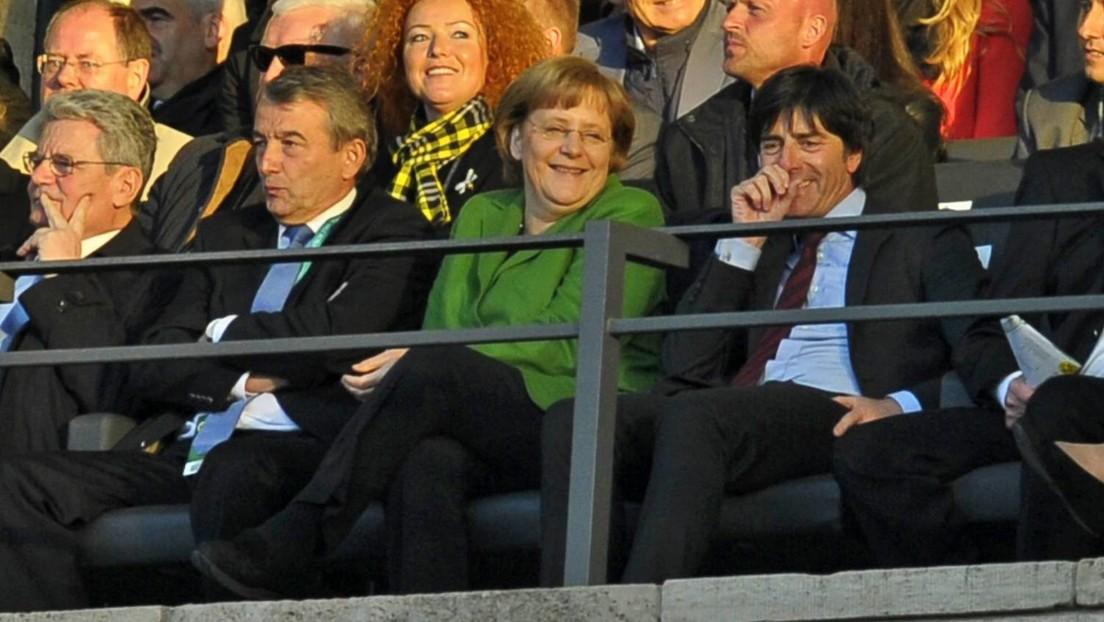 Zum Abschied eine Ladung Schmalz: Ein letztes Aufeinandertreffen von Bundestrainer und Kanzlerin