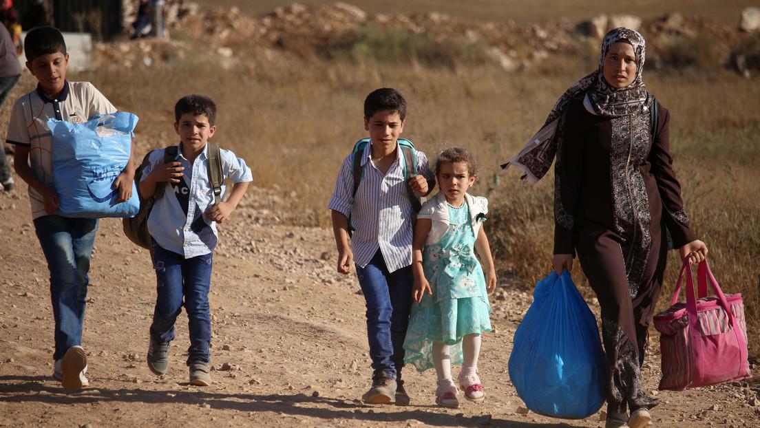 Syrien: Russland erleichtert Rückkehr syrischer Flüchtlinge in ihre Dörfer in der Provinz Darʿā