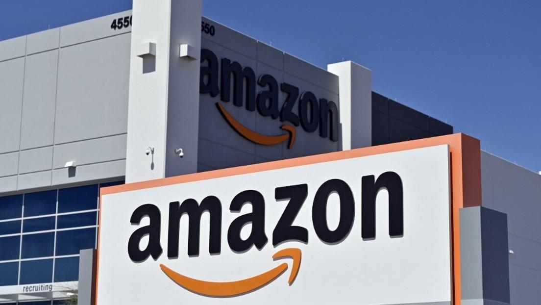 """""""Farbe des Urins überwachen"""" – Amazons Lagerarbeiter sollen sich als """"Industrieathleten"""" betrachten"""