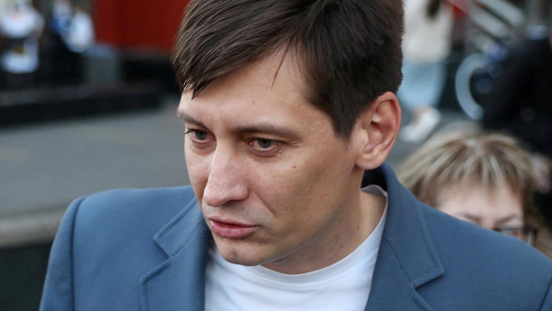 Oppositionspolitiker Dmitri Gudkow reist wegen angeblich drohender Verhaftung in die Ukraine aus