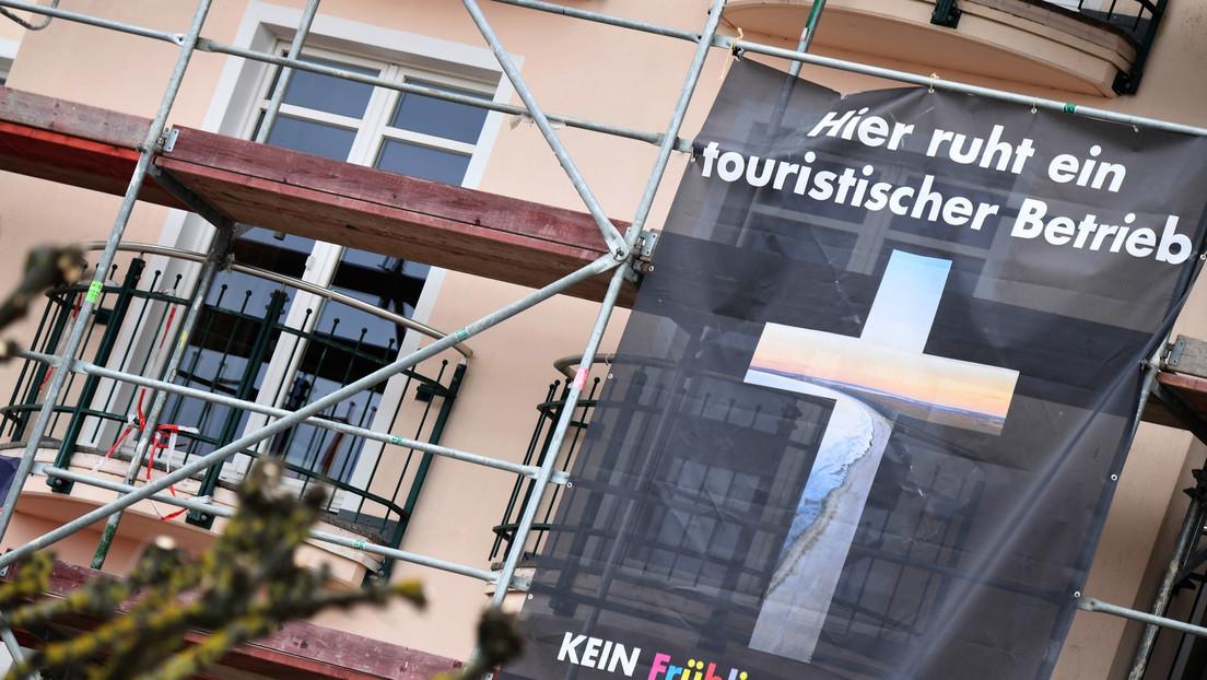 """""""Ängstlicher Schlingerkurs gibt Tourismusbranche den Rest"""": Hotelier klagt über Corona-Politik"""