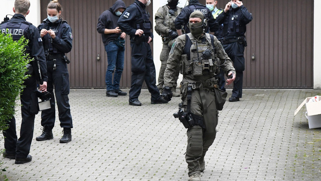 Weltweite Aktion: 800 Verdächtige festgenommen – Undercover-Beamte setzten präparierte Telefone ein
