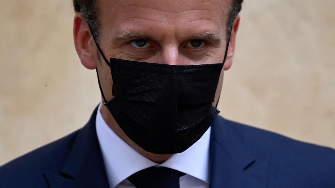 Bei Rundreise durchs Land: Mann schlägt Macron ins Gesicht