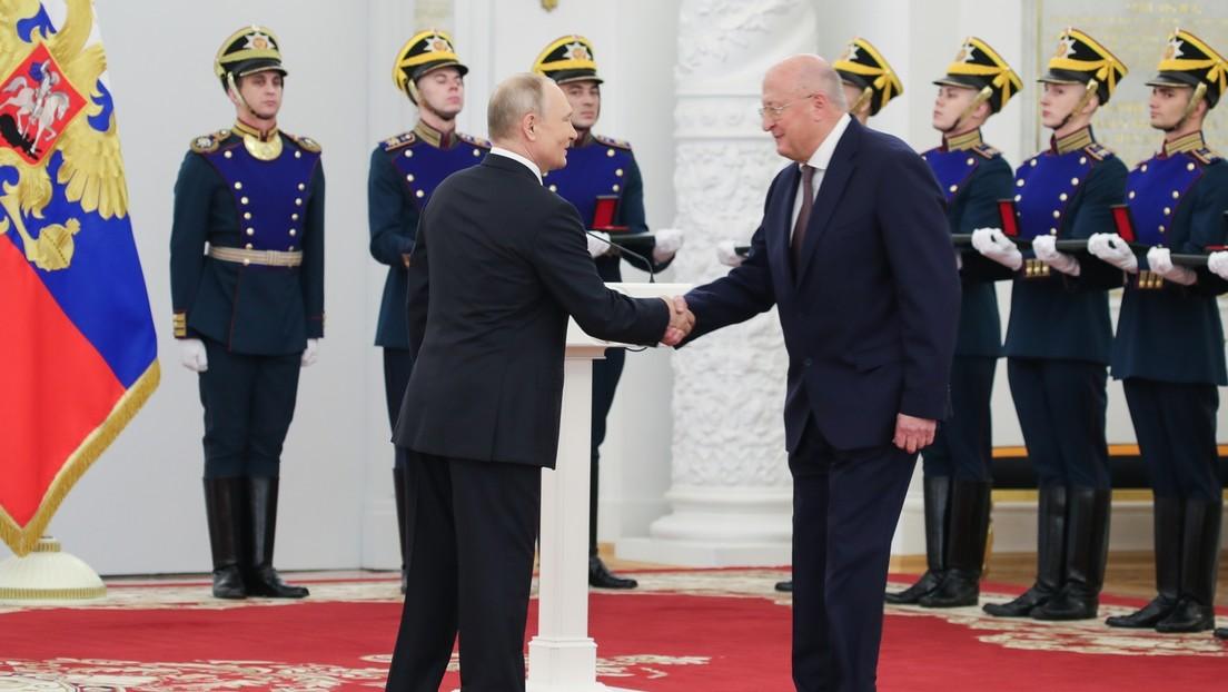 Putin zeichnet Entwickler von Impfstoff Sputnik V aus