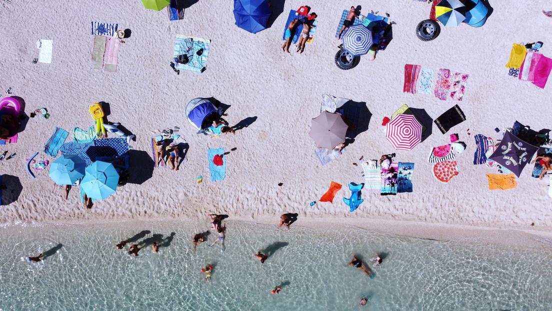 Pünktlich vor Ferienbeginn: Bundesregierung streicht zahlreiche Länder von Corona-Risikoliste