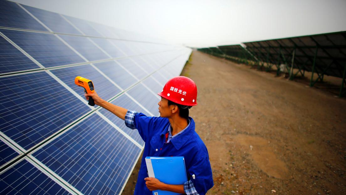 Chinas Solarindustrie fordert Hersteller auf, keine Rohstoffe zu horten