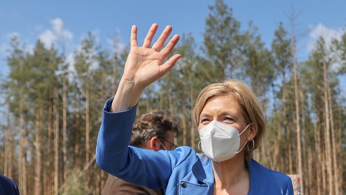 Ausgerechnet Julia Klöckner: Sie fährt den stinkigsten Diesel von allen Ministern