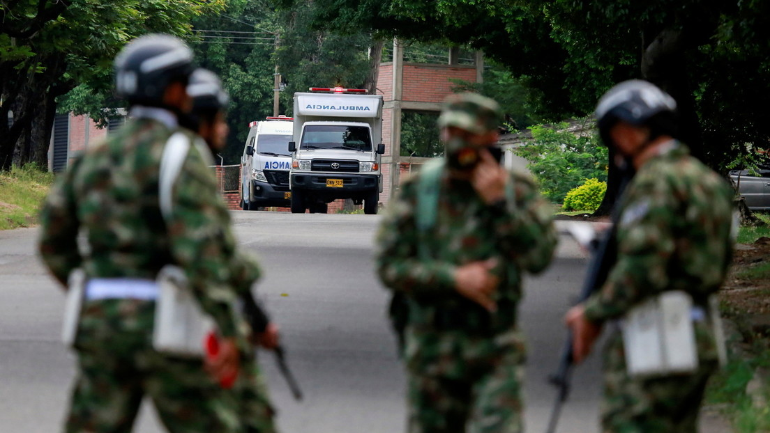 Dutzende Verletzte bei Autobombenexplosion auf Militärbasis in Kolumbien