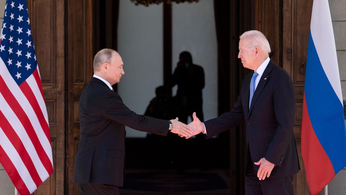 """""""Das betrifft die ganze Welt"""": Historischer Handschlag zwischen Biden und Putin in Genf"""