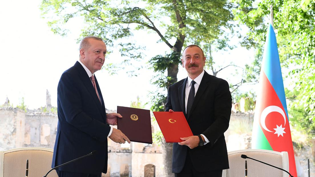 Erdoğans Besuch in Bergkarabach: Türkei baut Einfluss im Kaukasus aus