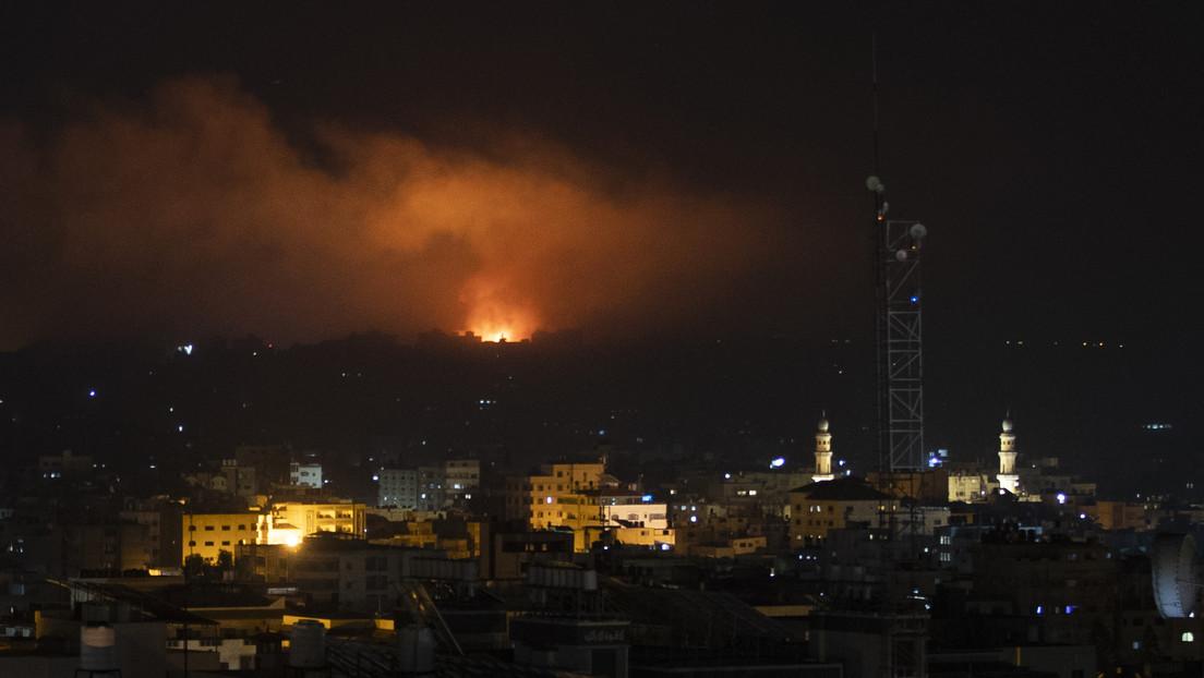 Waffenruhe wankt: Israel bombardiert Gaza als Vergeltung für Angriffe mit Brandballons (VIDEO)
