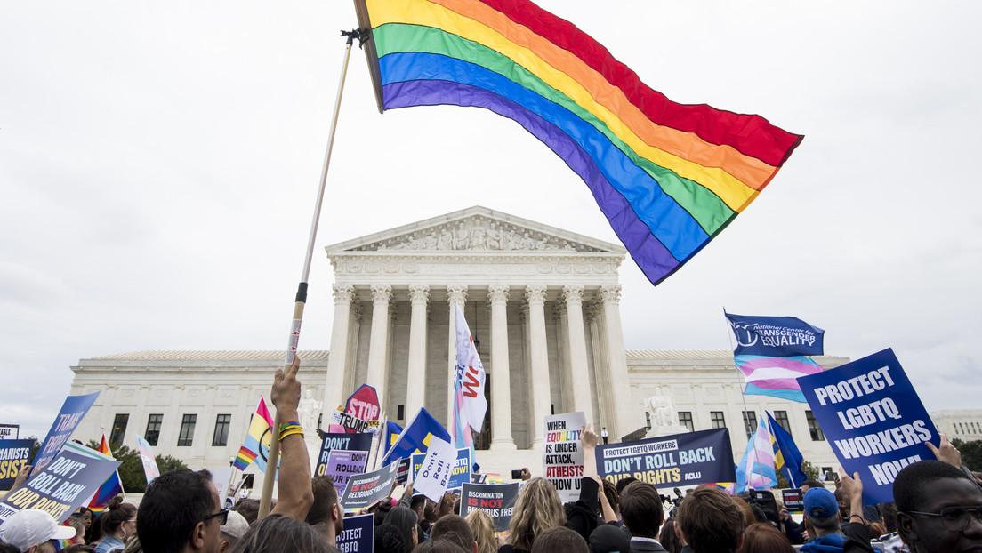 USA: Oberster Gerichtshof – Pflegeelternagentur darf gleichgeschlechtliche Paare ablehnen
