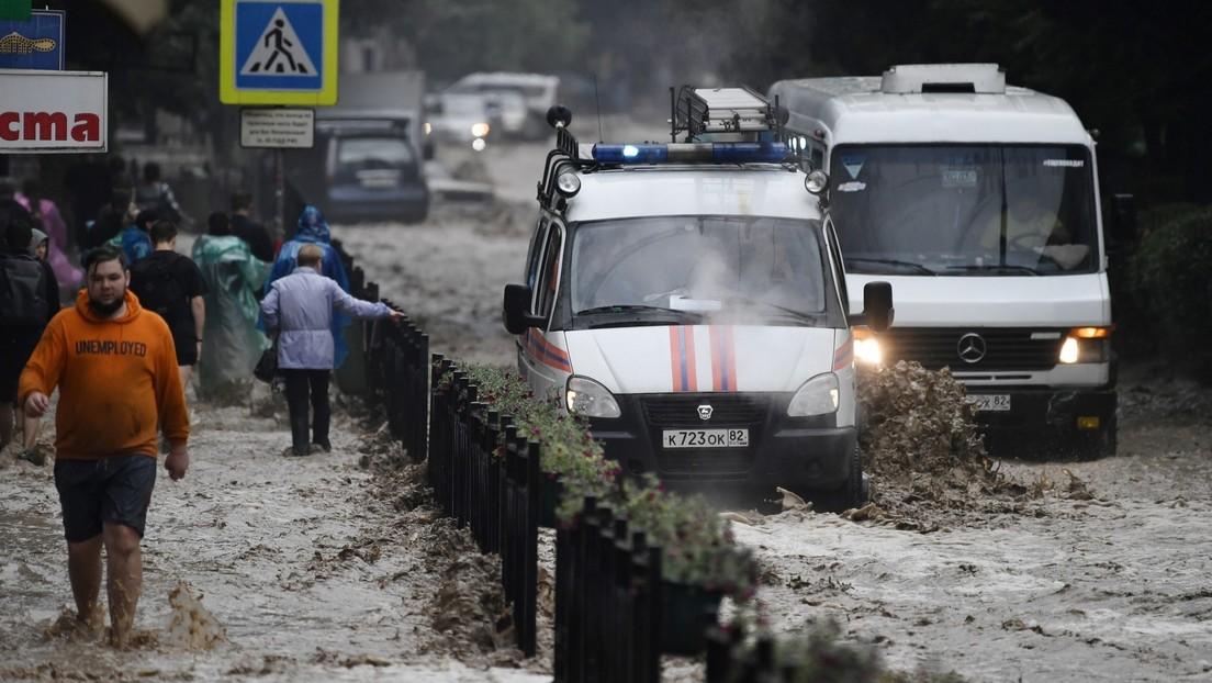 Regenfälle auf Schwarzmeer-Halbinsel Krim: Ein Toter, ein Vermisster, 18 Verletzte, 1.800 Evakuierte