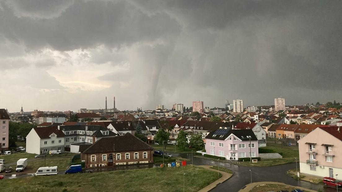 Starker Tornado fegt durch Tschechien: Drei Tote und Hunderte Verletzte – Zerstörte Orte (VIDEOS)