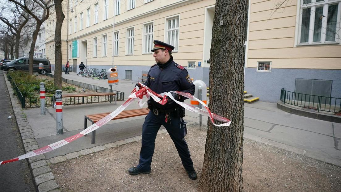 Wien: Leiche einer 13-Jährigen an Baum gelehnt – Polizei ermittelt
