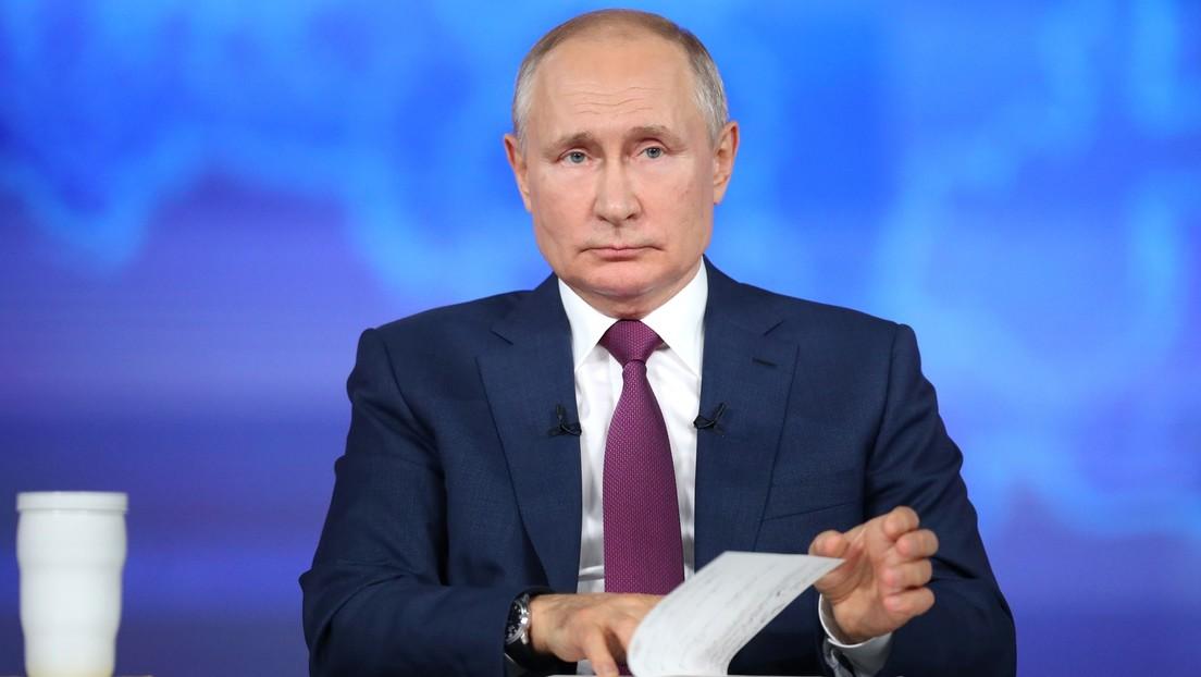 """Putin: """"Spekulationen über Verschwörung der Staatschefs der Welt über Pandemie sind Unsinn"""""""