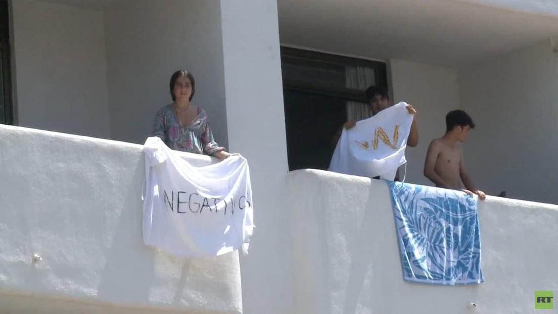 Corona-Ausbruch auf Mallorca: Balkon-Protest spanischer Schüler gegen Quarantäne-Maßnahmen