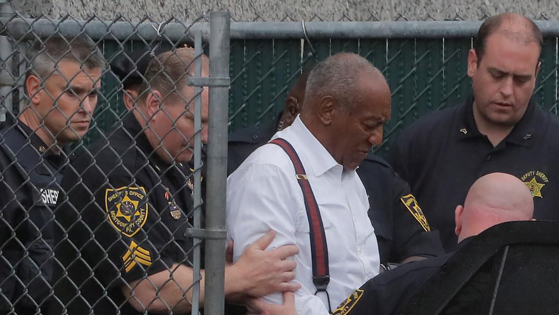 US-Gericht kippt Verurteilung wegen sexueller Nötigung : Bill Cosby kommt frei