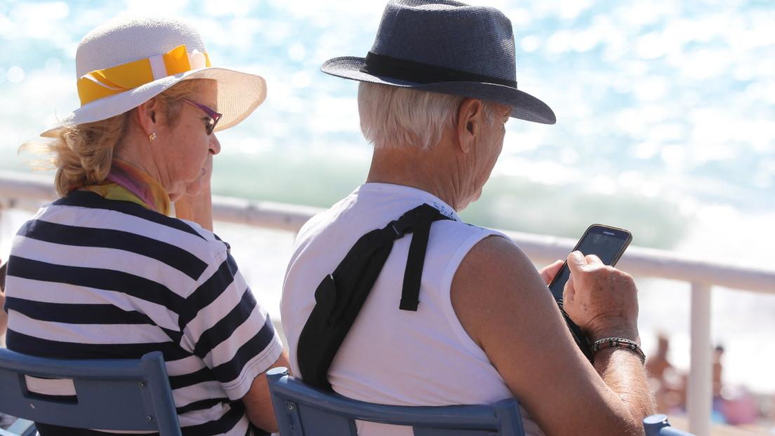 Symbolbild; älteres Paar in Nizza 2017