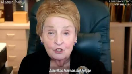 """Gute alte Zeiten der """"NATO-Erweiterung""""– Madeleine Albright gibt """"Impulse"""" bei Grünen-Parteitag"""