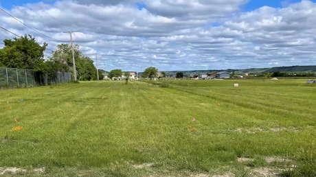 Mehr als 600 nicht markierte Gräber an kanadischer Internatsschule entdeckt