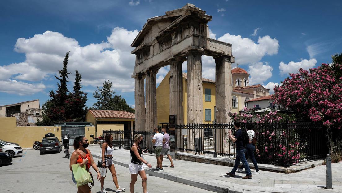 Dem Druck aus Deutschland gebeugt? Griechenland verlangt Test für geimpfte russische Touristen