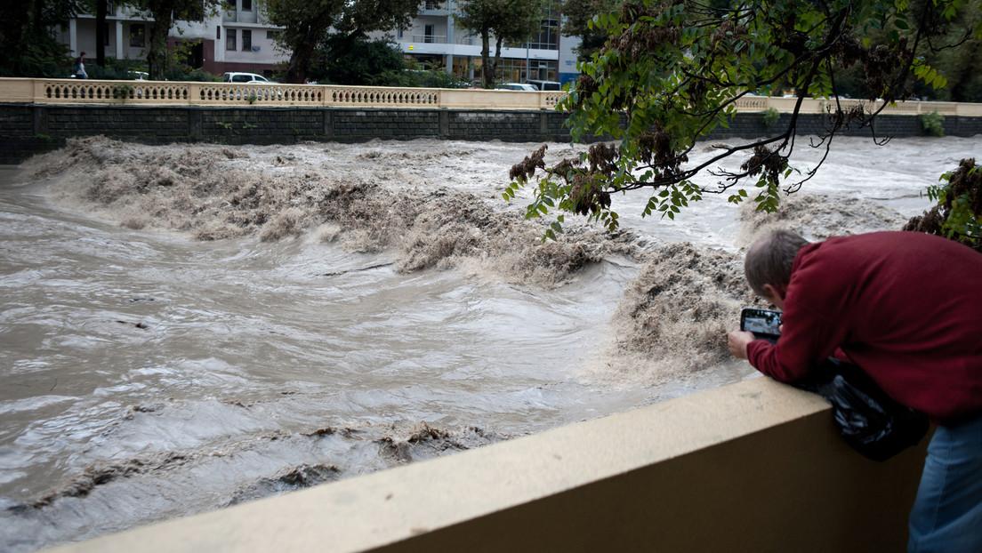 Hochwasserwarnung in Sotschi – Behörden bereiten Einwohner auf Evakuierung vor