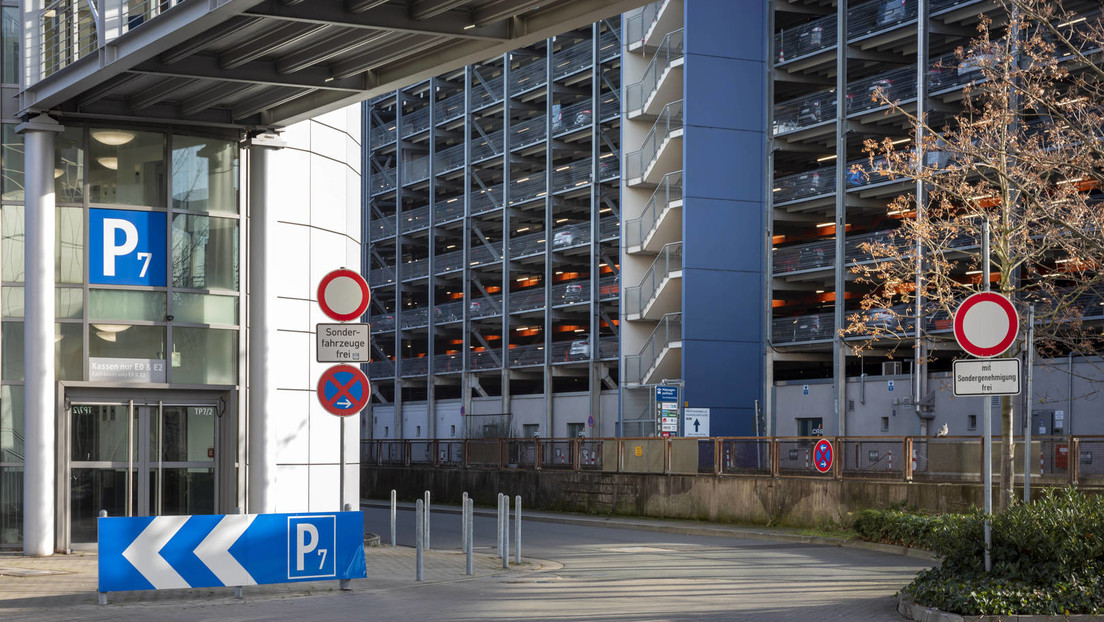 Düsseldorf: Messerangriff im Flughafen – Eine Person verletzt